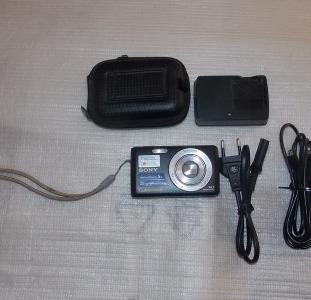 Фотоаппарат Sony Cyber-Shot DSC-W520 Black