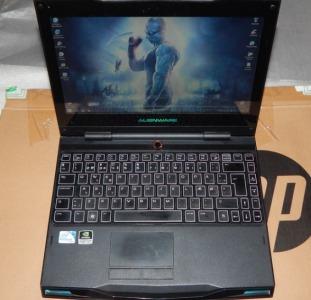 Ноутбук Dell Alienware M11x