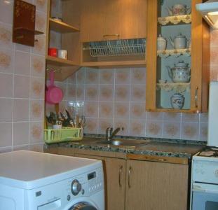 Аренда посуточно в центре Киева. 4-комнатная квартира с тремя спальнями, хозяин без посредников.