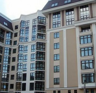 Продажа двухуровневой квартиры на Ветрова 23а