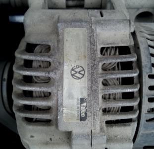Продам б/у генератор VALEO 90A на VW Passat B3-B4.