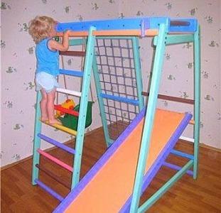 Детский спортивно-игровой комплекс `Малыш плюс`