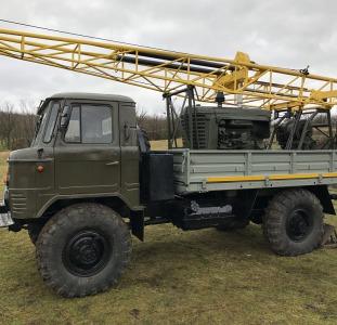 Буровая установка УГБ 50 на базе  Газ 66 с инструментом