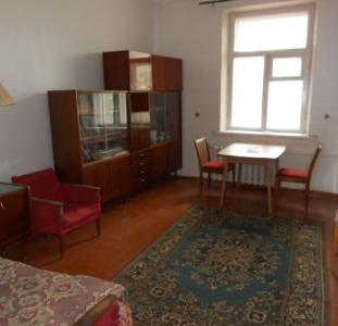 Бердянск 2-х-комнатная у Азовского моря в центре на продажу