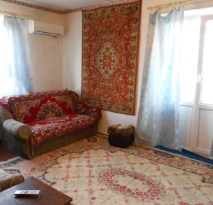 Бердянск продам 1-ком.квартиру в центре