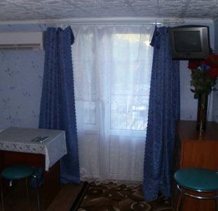 Бердянск продажа дома с номерами в центре