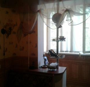 Сдам 3 комн. квартиру на Днепропетровской дороге,68.
