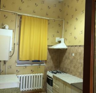 Продам самостоятельную 2 комнатную квартиру в козырном месте