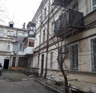 Продам 3-х комнатную квартирy по ул. М.Арнаутская