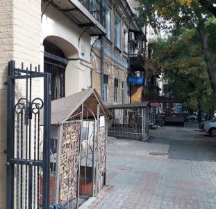 Продам помещение на  ул.Троицкой/Ришельевская. Проходное место Центра.