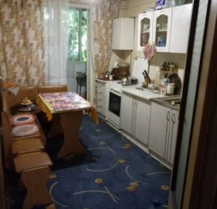 Продажа Продам  3-х комн. квартиру на ул.Головковская