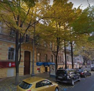 Сдам торговое помещение по улице Садовой 80 кв.м.
