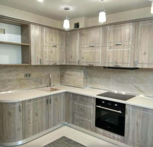 Продам красивейшую квартиру в новом сданном доме на Св.Рихтера.