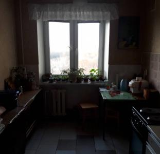 Продам 2-х комнатную квартиру, высотка, в зеленой зоне Черемушек.
