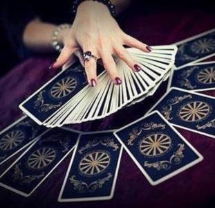 Гадание на картах Таро. Любовная магия.