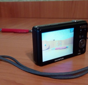 Продам фотоаппарат Olympus VG-150  12Мп  плюс карта памяти
