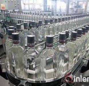 8338 Продажа готового алкогольного производства и напитков