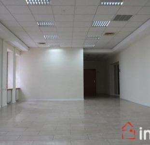 8256 Продажа помещения в центре города, 600 кв.м