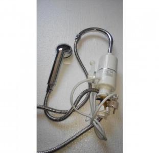 Электрический проточный водонагреватель кран в душ