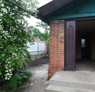 Дом просторный 74м²,14 сот в курортном г.Миргород