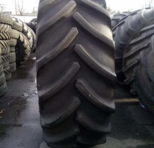 Продам шины б/у на комбайн и трактор NEW HOLLAND GoodYear 710/70R42