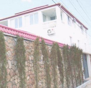3 этажный дом в городе Севастополе,520м.кв, цена250000$