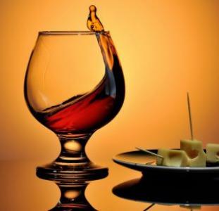 Напитки Продам Коньяк Молдавский Заводской, Виски, Водка, Чача, Шампанское, Вина