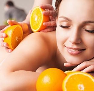 Апельсиновый эро-массаж для мужчин.