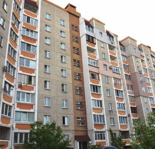 Продажа 2 комнатная квартира с квадратным холлом