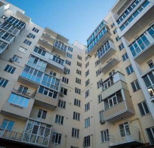 Продажа квартиры в новом, сданном доме по ул. Независимости, Масаны