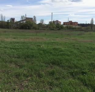 Продам недорого земельный участок 12 соток в г. Ирпень под строительство.
