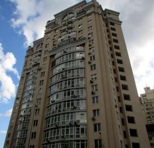 Продам 3х комн. квартиру ул. Дмитриевская, 82.
