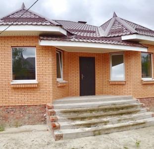 Новое. Продажа - дом в Александровке, современный коттедж для семьи.
