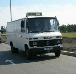 Водитель со своим грузовым авто до 5т