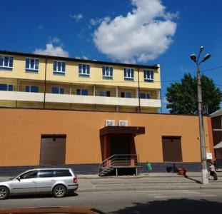 ХОЗЯИН-Продам свои гостинки/квартиры возле метро Холодная Гора.