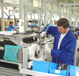 Работники на завод Electrolux (Польша)