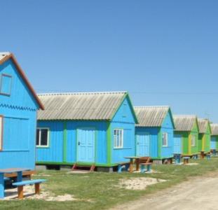 Домики на берегу Азовского моря. Семейный отдых на море. Арабатская Стрелка, Счастливцево.