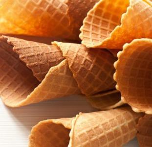 Изготовление вафельных стаканчиков для мороженного в Чехии