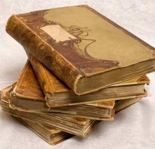 Покупаем антиквариат дорого: иконы, книги, серебро и другое