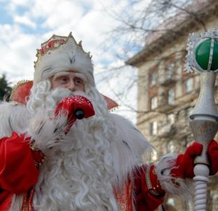 Другое Закажите персональное поздравление от Деда Мороза в прозе и в стихах