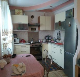 3-комнатная квартира с мебелью и ремонтом