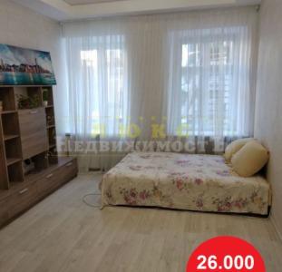 Продам однокомнатную квартиру в Центре ул. Нежинская / Торговая