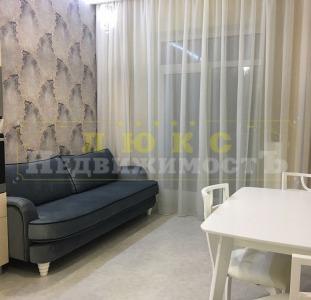 Продам однокомнатную квартиру ЖК 28 Жемчужина / Фонтанская дор. с ремонтом
