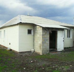 Продам добротный дом Безруки 15 км от Харькова