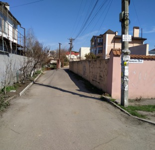 Продам большой участок на Авдеева-Черноморского