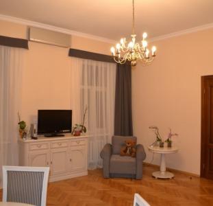 Аренда 3х комнатной квартиры в центре, Золотые ворота, Софийский собор!!!