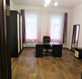 Сдается дом под офис или жилье (возможна продажа) в Днепре