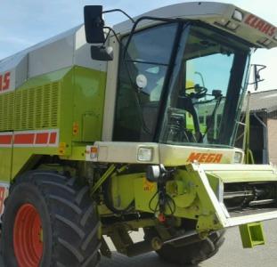 Комбайн зерноуборочный Claas Mega 208II 2001г