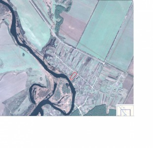 Продам дом и 46соток на берегу реки Рось,    свой выход к реке