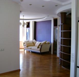 Сдам 3-х комнатную квартиру с Евроремонтом Оболонский район липки метро Оболонь